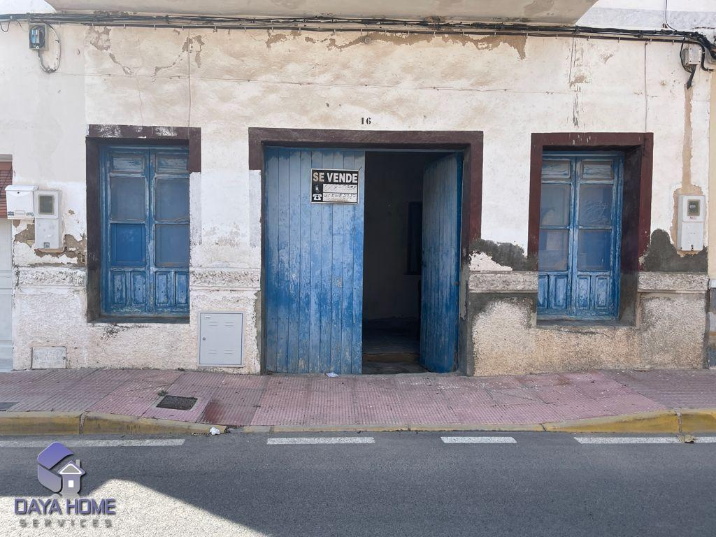 Warehouse in Daya Nueva
